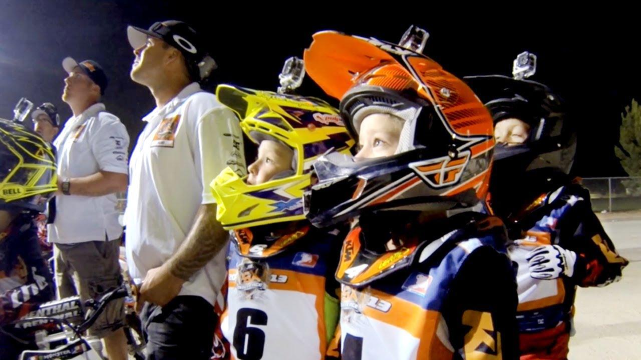 Dzieciaki w wyścigach supercross