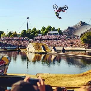 Red Bull X-Fighters w Niemczech – pierwszy FMX na wodzie!