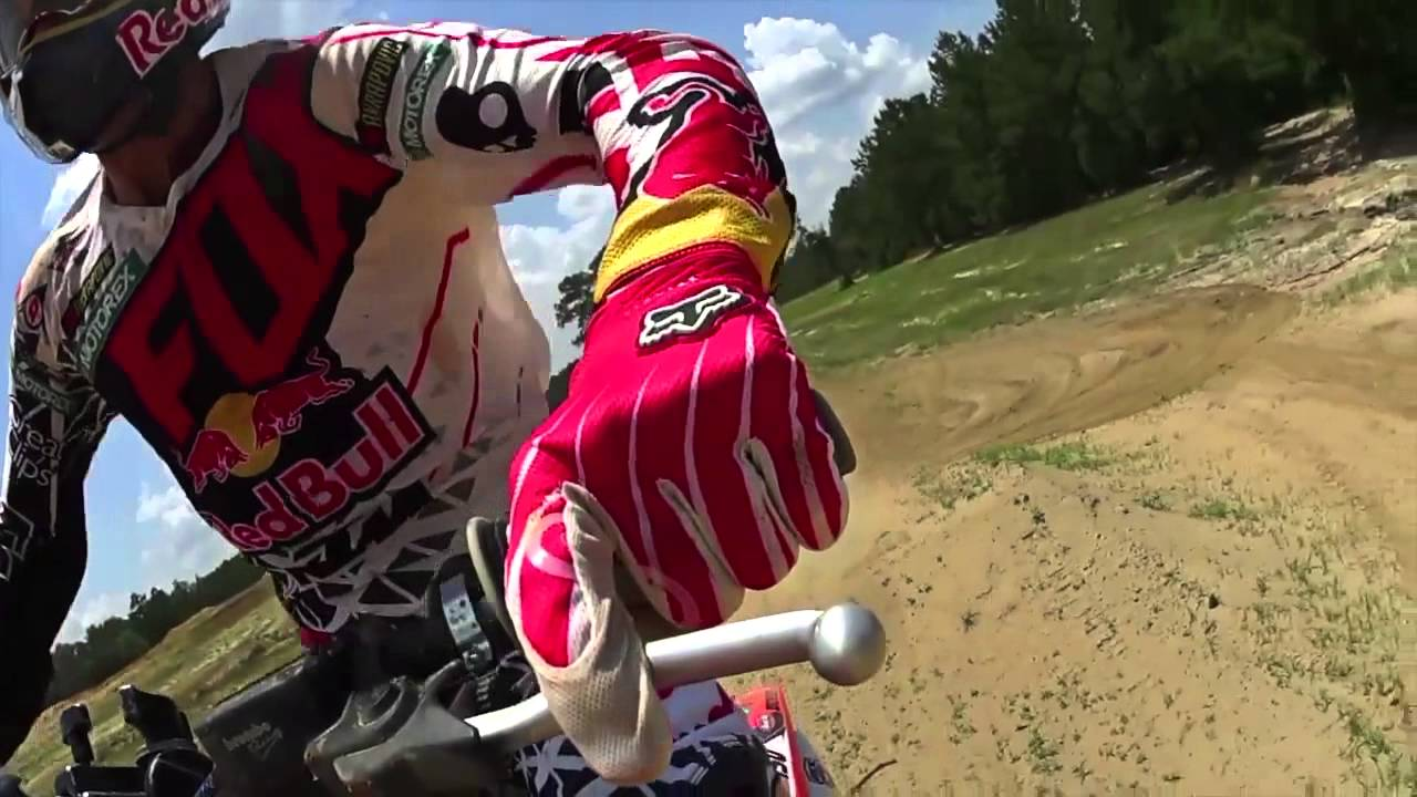 The Chase with Ryan Dungey and Ricky Carmichael | Action Cam | Sony